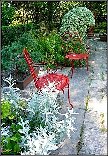 chaises-rouge.jpg