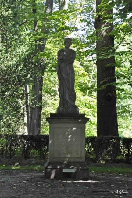 Plautilla-statue-1541