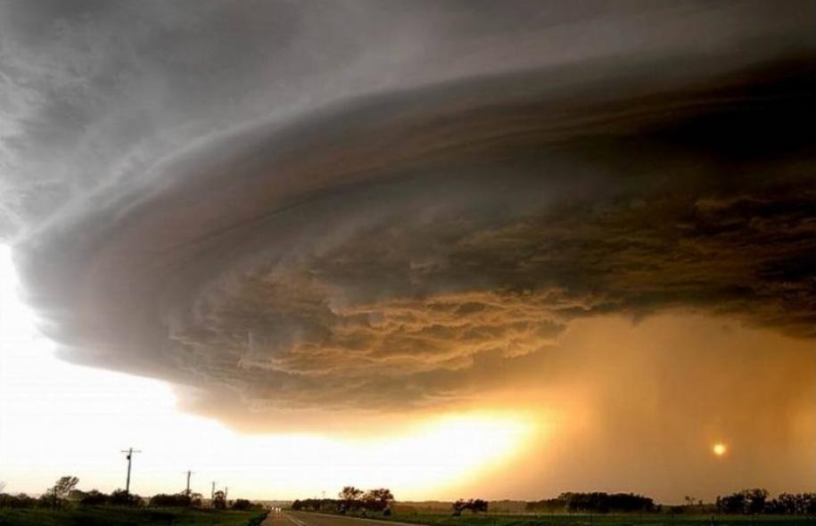 Résultats de recherche d'images pour «images ouragan»