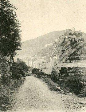 Chemin entre Sisteron et Entrepierres au début du XXe siècle