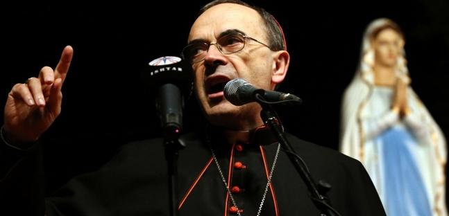 Pédophilie à Lyon : les explications confuses du cardinal Barbarin