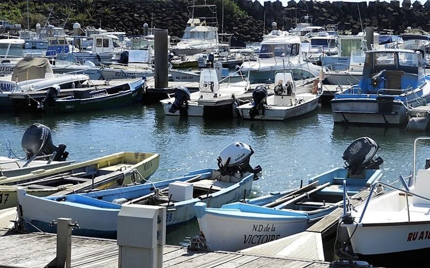 Ste-Marie et son Port 1/5 (Réunion)