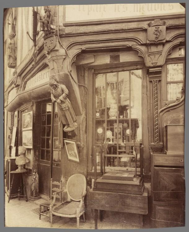 Atget Paris Compigne Vielle Maison rue des Lombards 610x750 Le Paris de 1900 par Atget