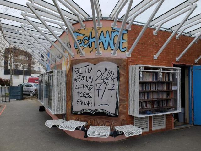 bibliothèque de rue Gérard Philippe Rennes