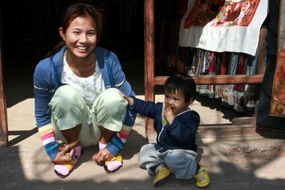 Blog de images-du-pays-des-ours :Images du Pays des Ours (et d'ailleurs ...), Sourire à Vientiane - Laos