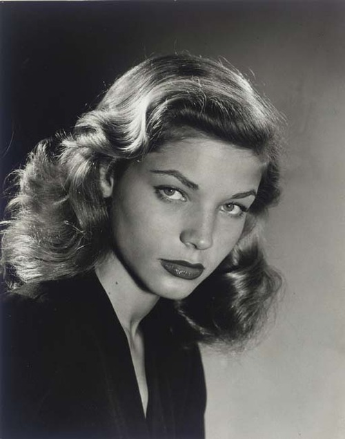retrochic:  anneyhall:  Lauren Bacall Photo by Philippe Halsman