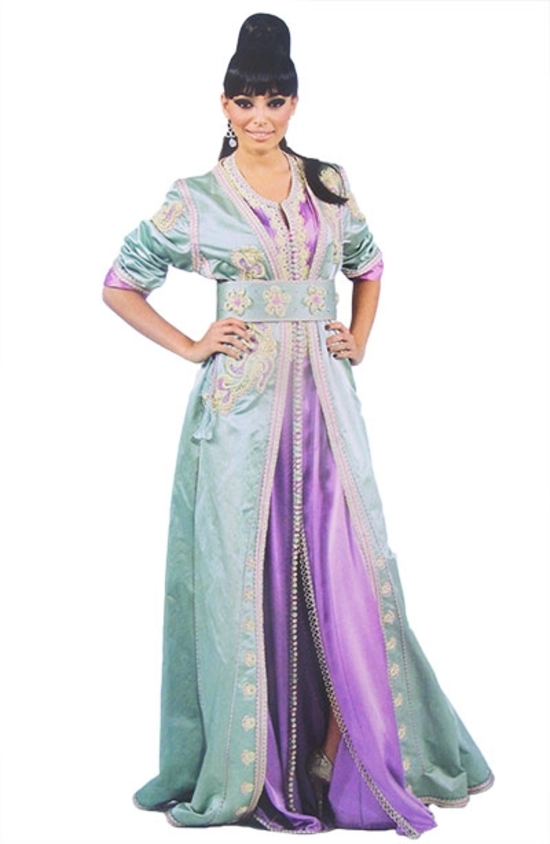 Takchita haute couture et broderie marocain pour mariage traditionnel, caftan pas cher, et kaftan simple. TAK S817