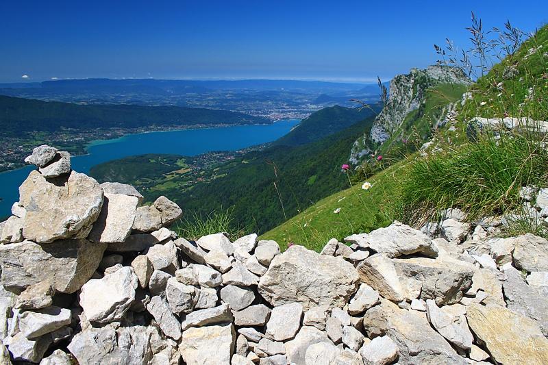 Lac d'annecy sur les hauteurs