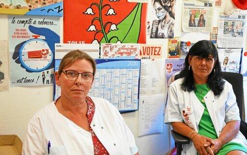 Thomas Carine à droite, secrétaire général de la CGT à l'hôpital de Douarnenez et Françoise Bordanova, membre du CHSCT, dénoncent notamment des suppressions de lits pendant l'été.