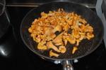 Magret de Canard au miel et aux épices, Girolles, Fèves Fraiches et Figue Rôtie