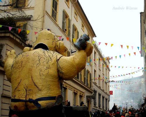 Carnaval de Romans sur Isère 2015...Carmentran même pas mort...3