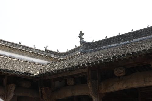 Les portiques de Tangyüe dans l'Anhui