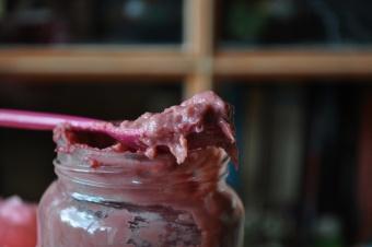 Raspberry curd (crème de framboises)