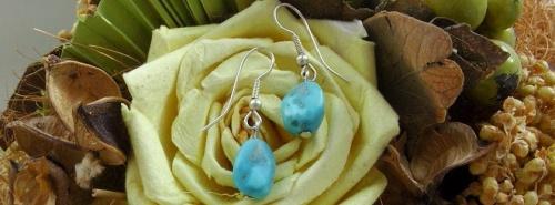 Boucles d'oreilles en pierres semi précieuses turquoise