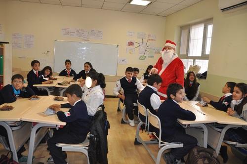 La venue du Père Noël au collège