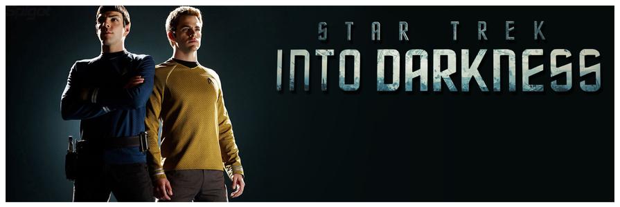 STAR TREK INTO DARKNESS : Alors qu'il rentre à sa base, l'équipage de l'Enterprise doit faire face à des forces terroristes implacables au sein même de son organisation. L'ennemi a fait exploser la flotte et tout ce qu'elle représentait, plongeant notre monde dans le chaos… Dans un monde en guerre, le Capitaine Kirk, animé par la vengeance, se lance dans une véritable chasse à l'homme, pour neutraliser celui qui représente à lui seul une arme de destruction massive. Nos héros entrent dans un jeu d'échecs mortel. L'amour sera menacé, des amitiés seront brisées et des sacrifices devront être faits dans la seule famille qu'il reste à Kirk : son équipe. Date de sortie 12 juin 2013 (2h 10min) De J.J. Abrams Avec Chris Pine, Zachary Quinto, Benedict Cumberbatch plus Genres Science fiction, Action, Aventure Nationalité Américain