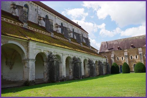 89230 Pontigny  l'Abbaye