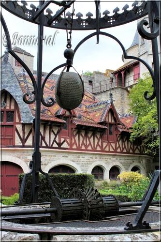 Château de La Rochepot Bourgogne mécanisme du puits du 13ème siècle