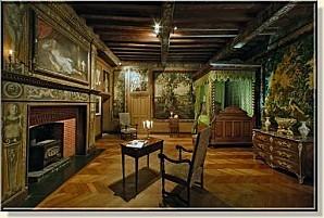 chambre-honneur-chateau-puymartin