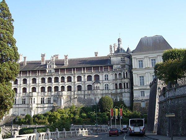Facade des Loges Chateaude Blois