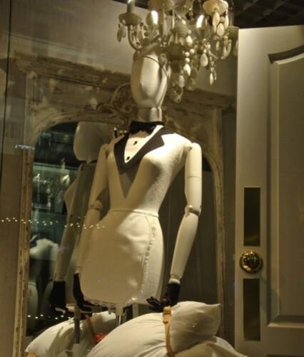 mannequin soubrette vitrine Galeries Lafayette 5
