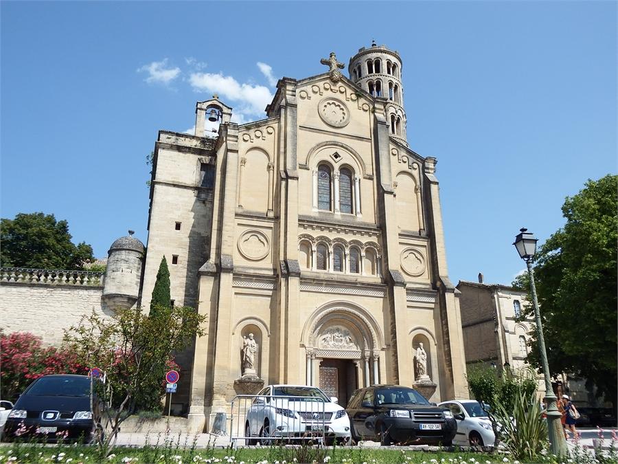 la cathédrale d'Uzès dans le Gard (2)