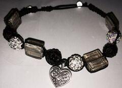 Des bracelets pour la fête des mères