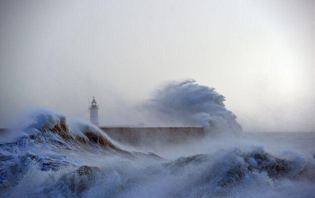 """Résultat de recherche d'images pour """"images animées de bateaux avec mer agitée"""""""
