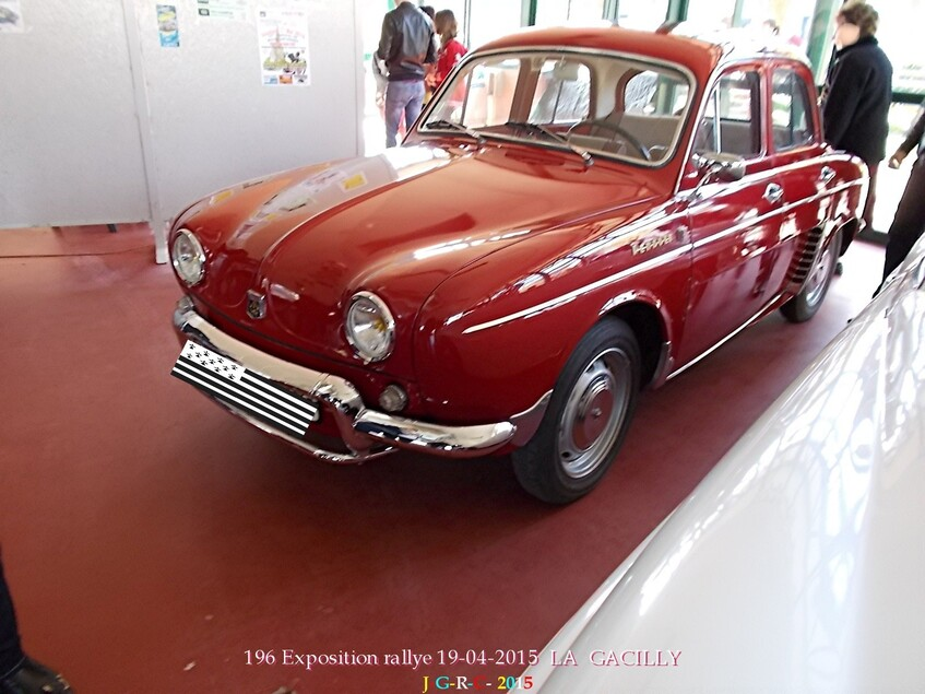 ANIMATIONS LA GACILLY  EXPOSITION AUTOMOBILES  1/5    02/09/2015