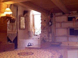 Intérieur du F3. La salle à manger.
