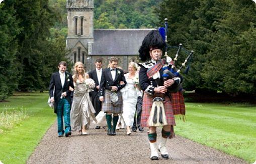 Kilt irlandais chaussettes tartan personnalis kilt for Pourquoi ecossais portent kilt