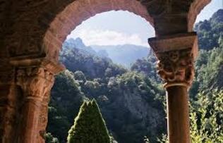 Abbaye Saint-Martin du Canigou à Casteil: 8 expériences et 27 photos