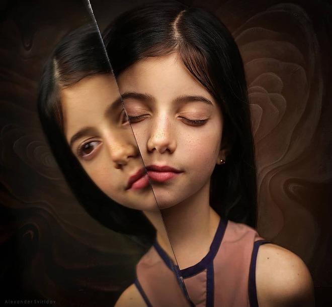 hyper realistic portrait paintings beauty
