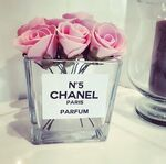 Image via We Heart It https://weheartit.com/entry/131663807/via/3112900 #chanel #cute #expensive #floral #flowers #girly #glass #luxury #perfume #pink #pinkroses #rich #roses #chanelperfume: