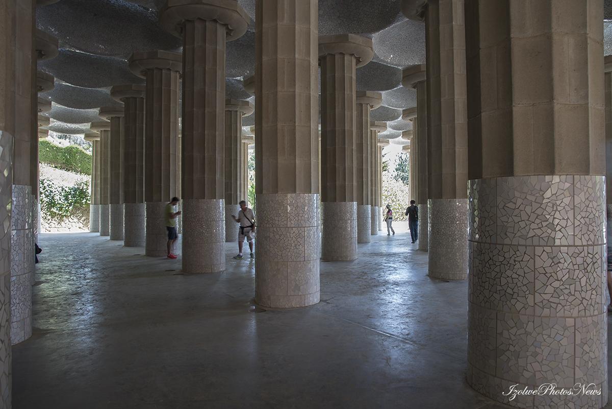 Colonnes du Parc Güel (Barcelone)