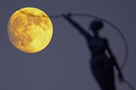 Le vendredi du coucou, haïku, senryû, super lune de novembre...