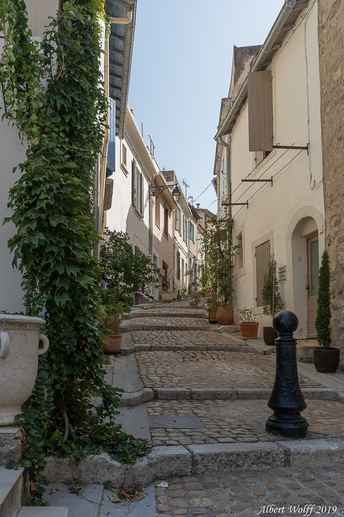 Arles : Pour y voir plus Clergue (1)