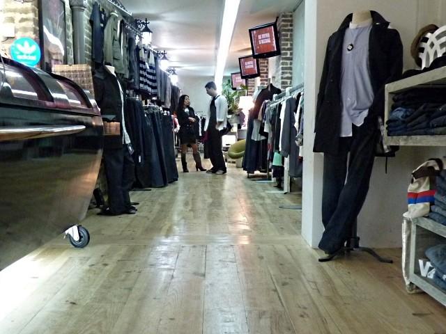 Except Concept Store Metz 8 01 05 2010
