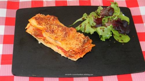 Lasagne au boeuf haché, tomate, béchamel (simple et rapide)