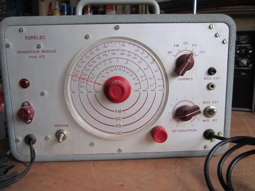 Générateur HF modulé 412