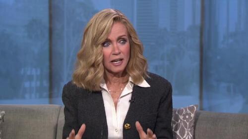 Donna Mills confie avoir été harcelée sexuellement.