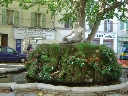 Blog de lisezmoi :Hello! Bienvenue sur mon blog!, Pertuis (les Fontaines)