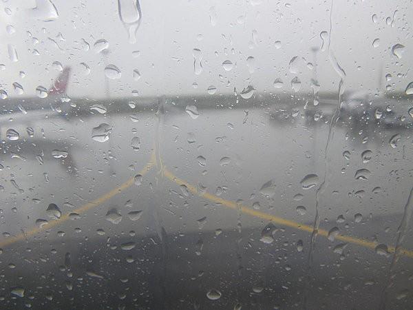 Vol Boa Vista-Paris (escale à Casablanca sous la pluie)1