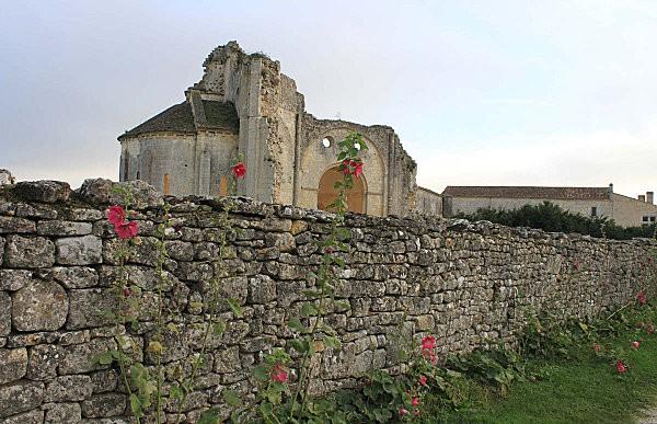 abbaye de trizay -6-