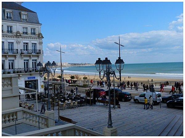 place-aux-sables.jpg