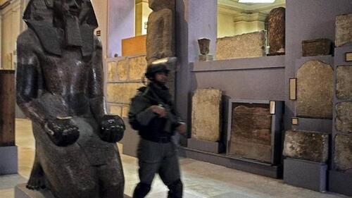 Faut-il restituer les collections des musées à leurs pays d'origine