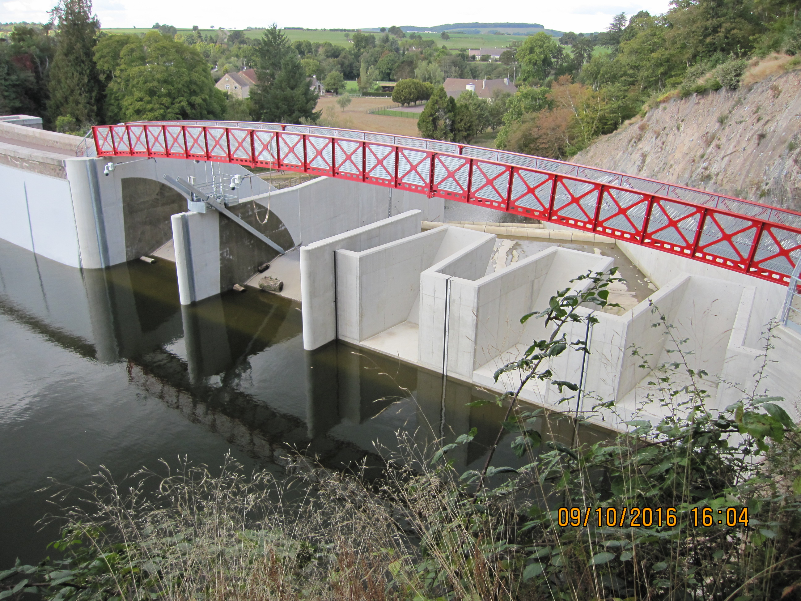 Le Lac De Pont Et Son Pont Romain Dimanche 09 Octobre