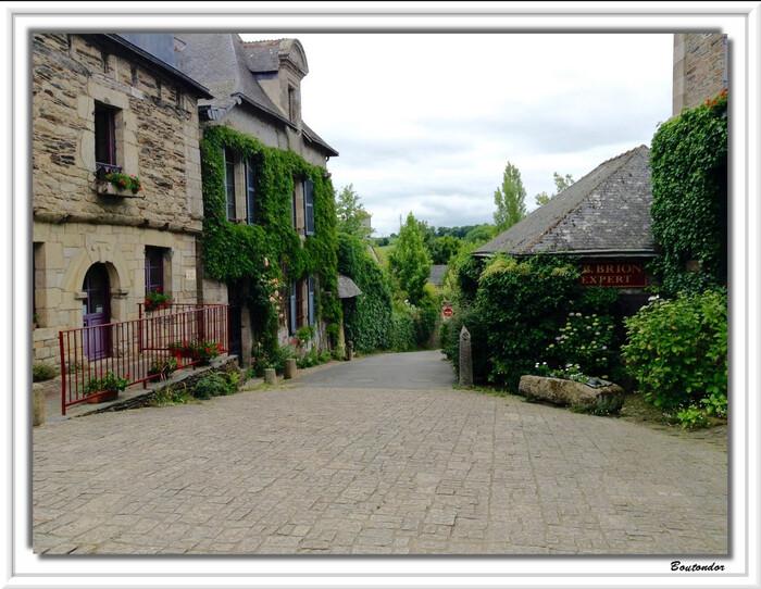Rochefort-en-Terre :serie 2