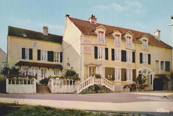 Souvenirs de Pierre Roy : l'histoire de l'hôtel Roy d'Aisey sur Seine