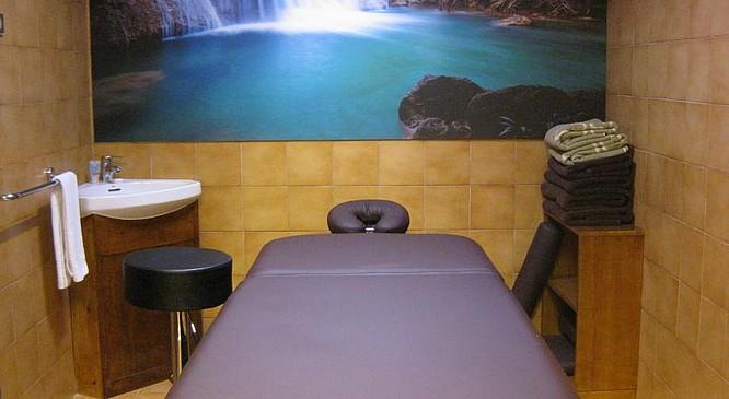 Résultat d'images pour andorre   caldéa massages